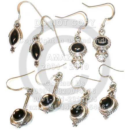 Wholesale natural semi precious studded beautiful handcrafted Cab Earring Black Onyx stone used.per piece weight - 6 to 8 gm approx.Total 14 pcs approx.